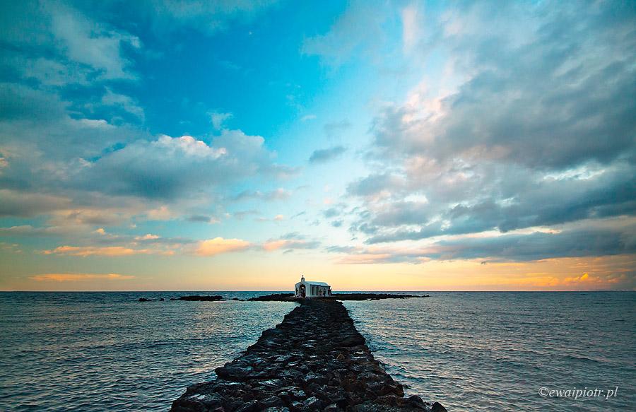 Kapliczka na morzu II