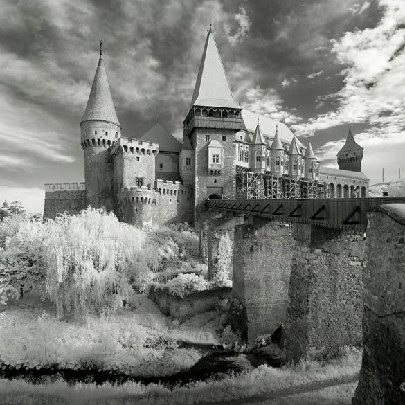 Hunedoara w podczerwieni, Rumunia