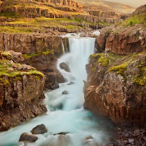 Wodospad Sveinstekksfoss, Islandia