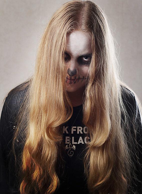 blondynka na Halloween