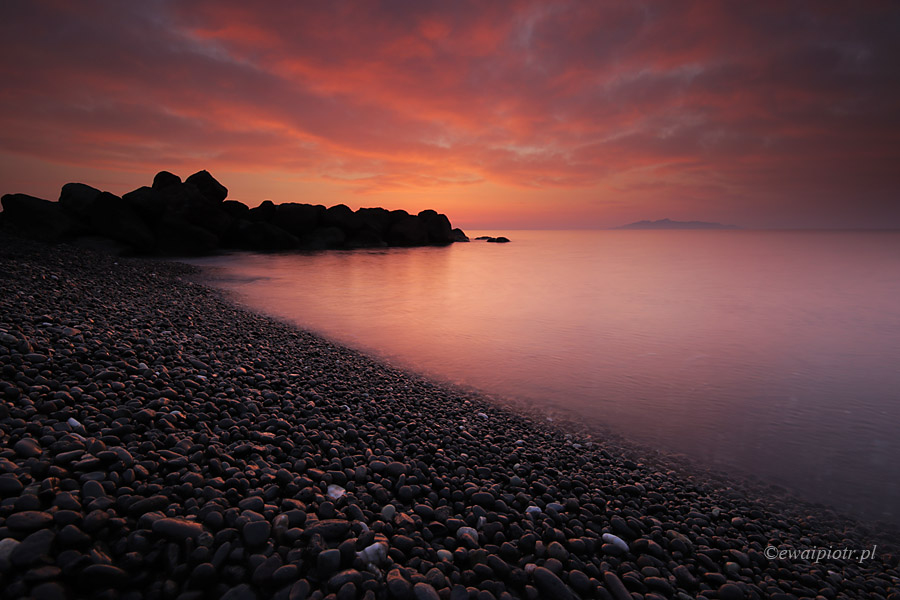 wschód słońca w Kamari, Santorini