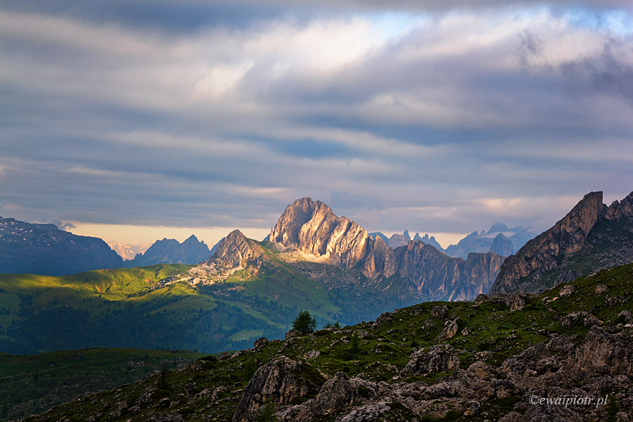 Widok z przełęczy Giau, Dolomity