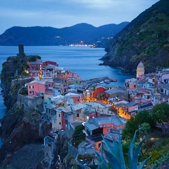 Vernazza o zmierzchu, Cinque Terre, Włochy