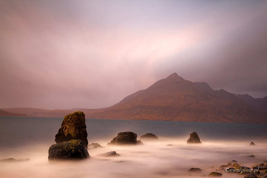 Na wybrzeżu wyspy Skye, Szkocja