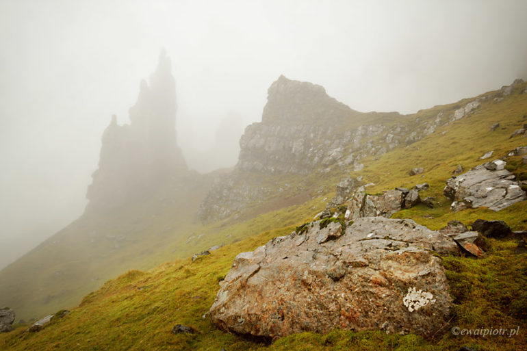Old Man of Storr we mgle, Szkocja