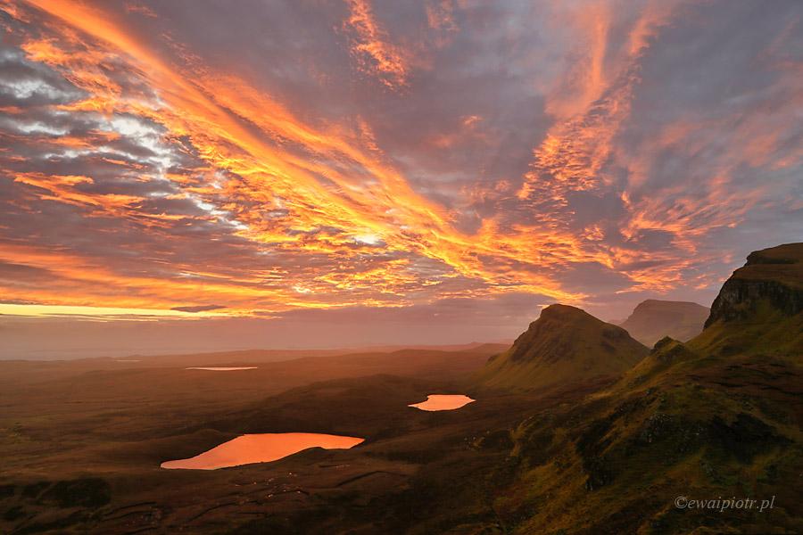 Wschód w górach Quiraing, Szkocja