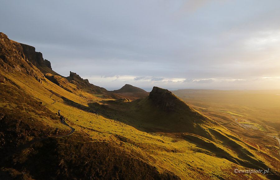 Poranek w górach Quiraing, Szkocja
