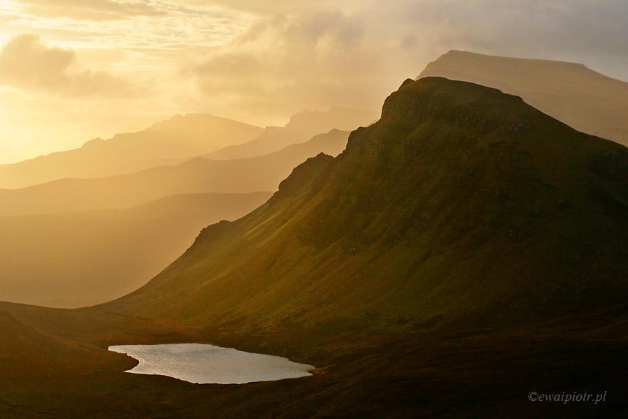 Góry Quiraing o świcie, Szkocja