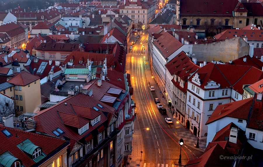 Z wieży kościoła św. Mikołaja, Praga
