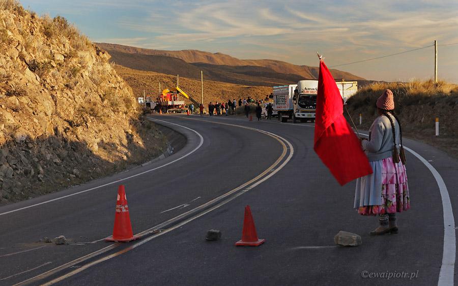 Zablokowana droga, Peru