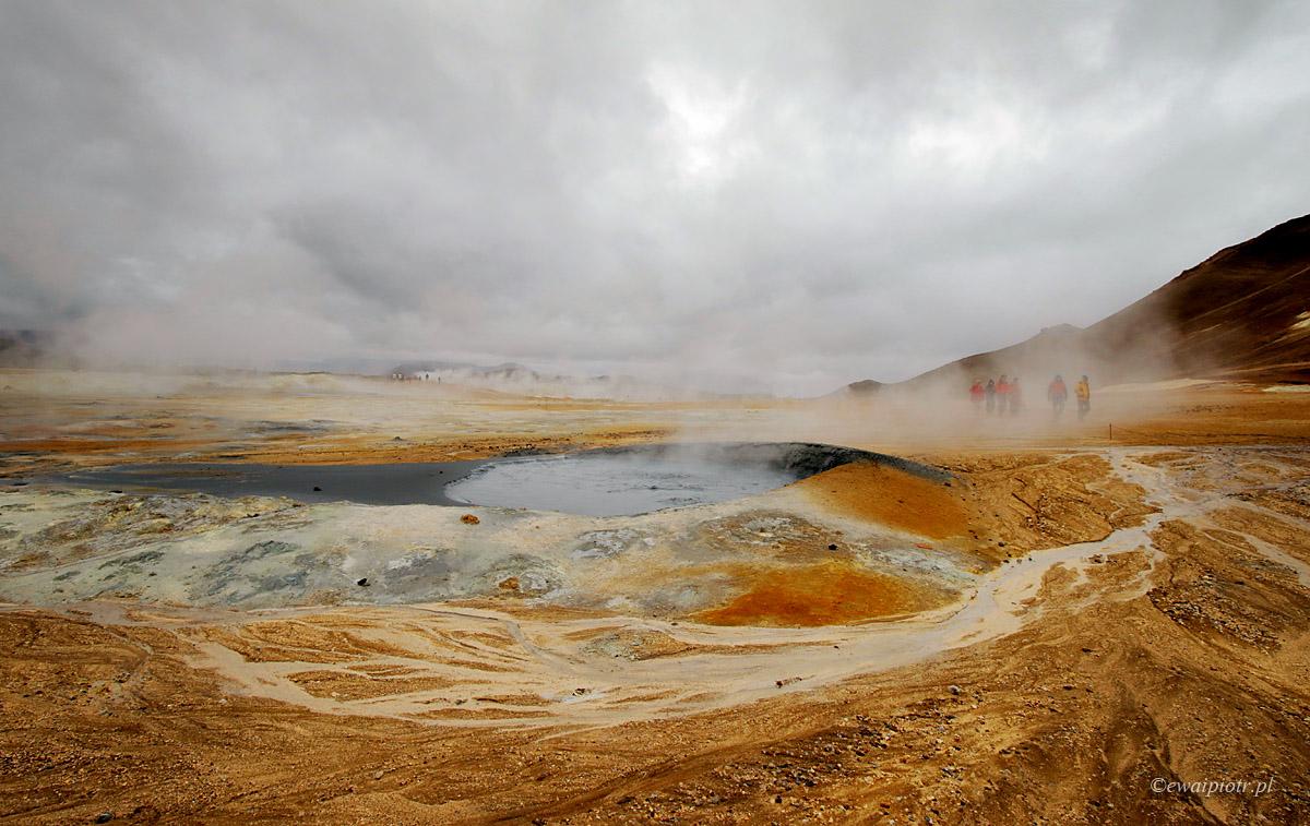 Pola geotermalne Namafjall, Islandia
