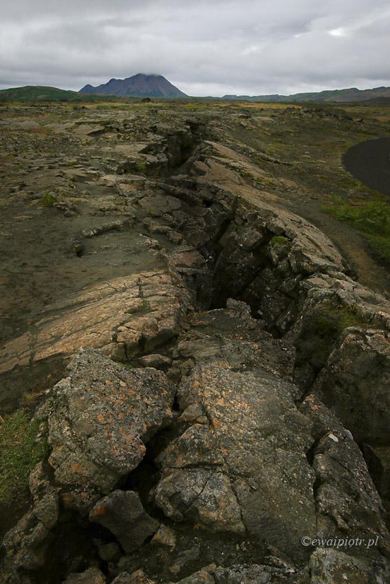 pęknięta lawa, Islandia