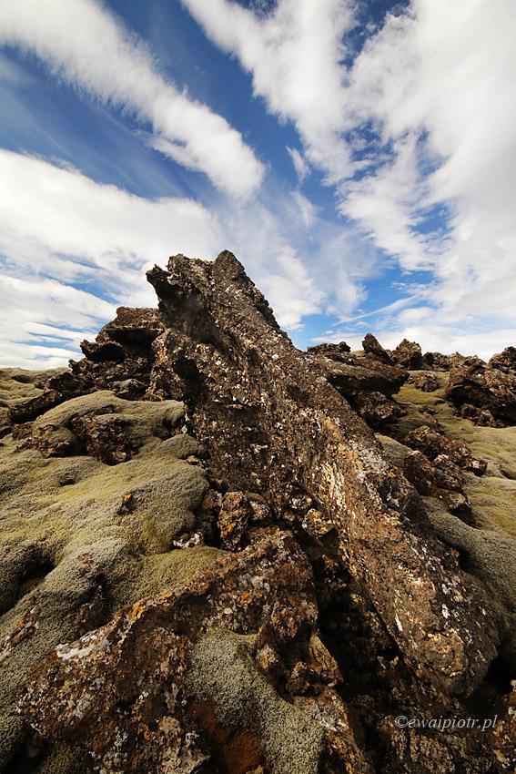 Chmury i lawa, Islandia
