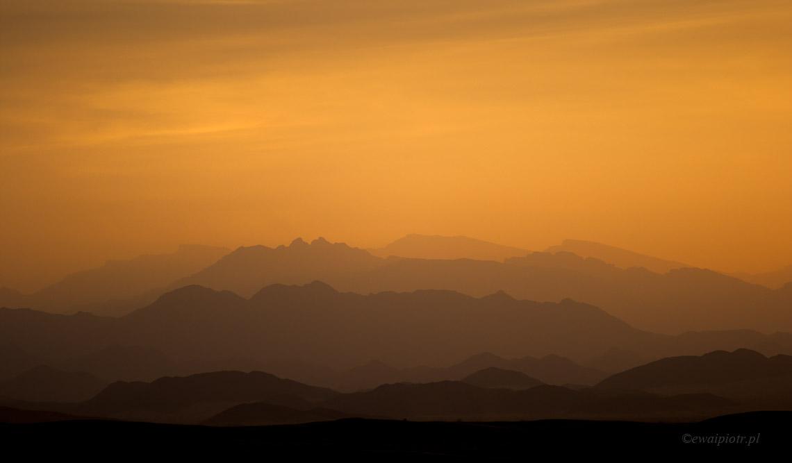 Gdy zajdzie słońce, Oman