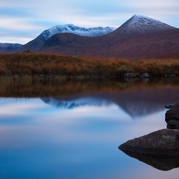 Stojąc w jeziorze, Szkocja