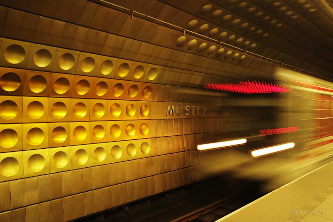 metro, Praga