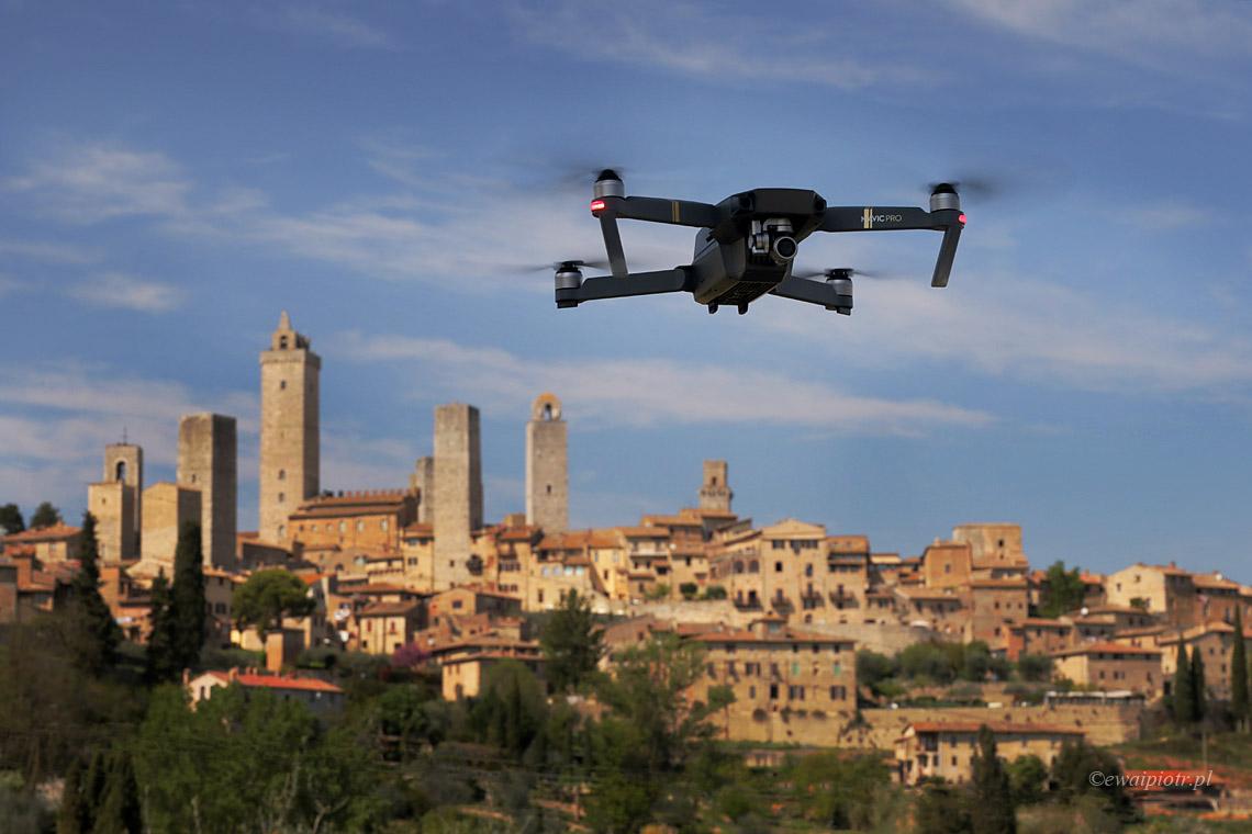 Dron nad San Gimignano, Toskania