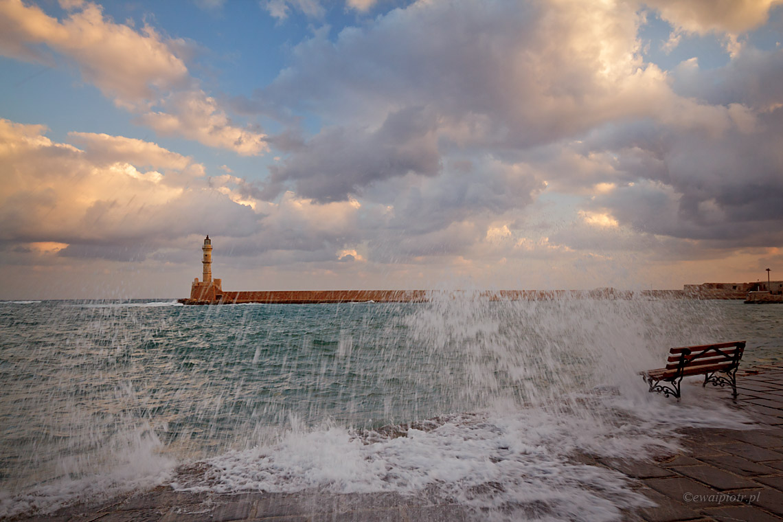 O świcie w Chani, Kreta