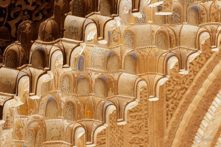Światła i cienie Alhambry