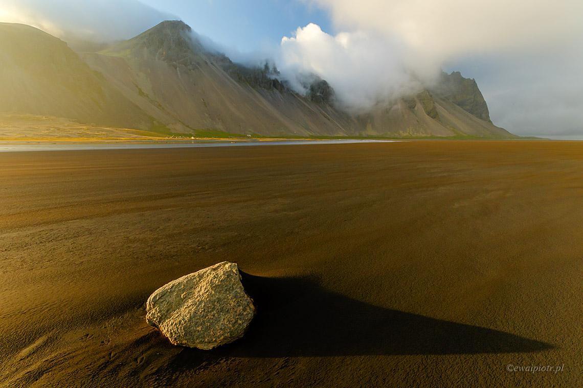 Popołudnie przy Vestrahorn, Islandia