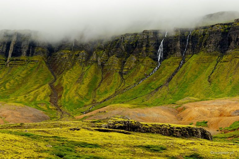 gdzieś na Islandii