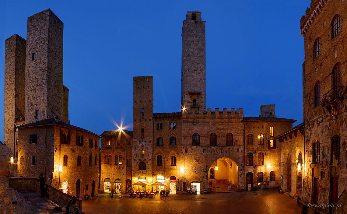 San Gimignano o zmierzchu, Toskania