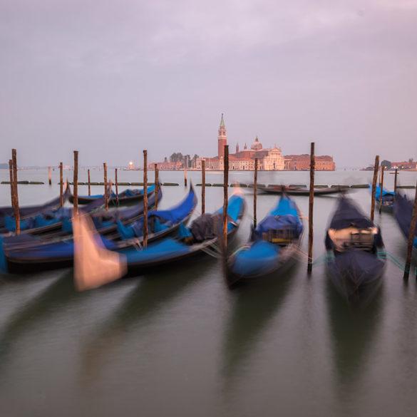 Wenecja długa ekspozycja, gondole