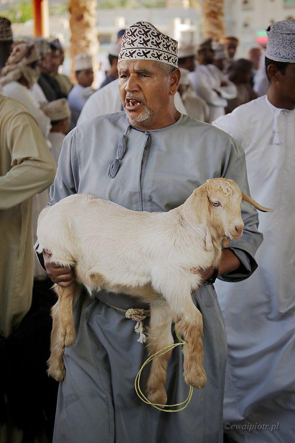 Nizwa, Oman, targ kóz, Lepszy aparat to lepsze zdjęcia