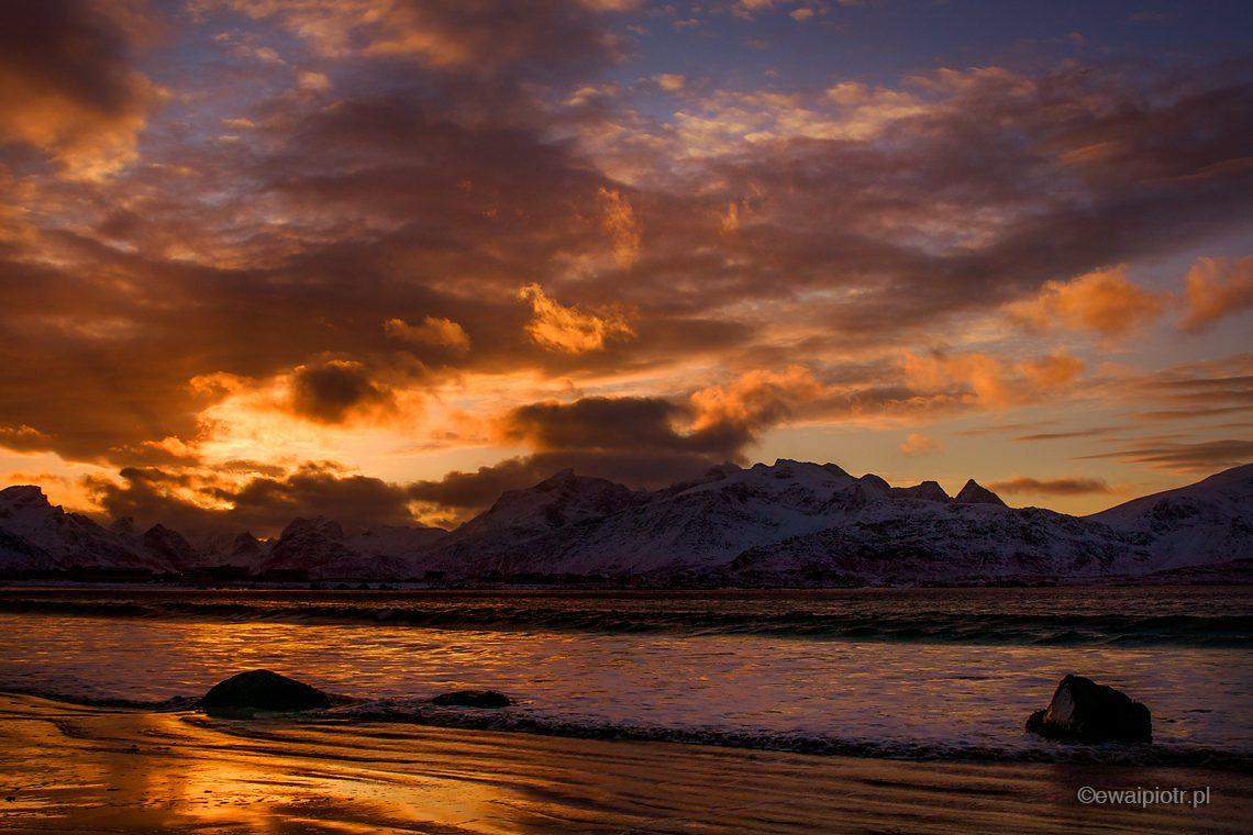 Zachód słońca na Lofotach, warsztaty fotograficzne