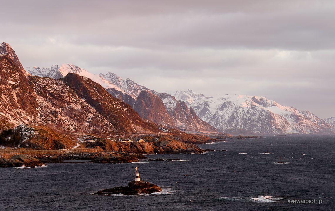Fotowyprawa na Lofoty, wschód przy Sørvågen