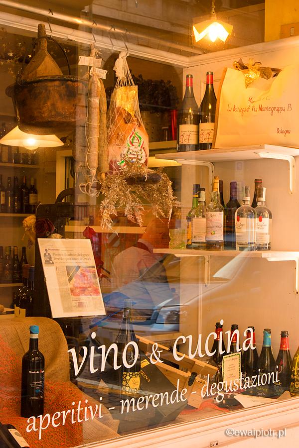Wystawa sklepowa, Bolonia, Włochy