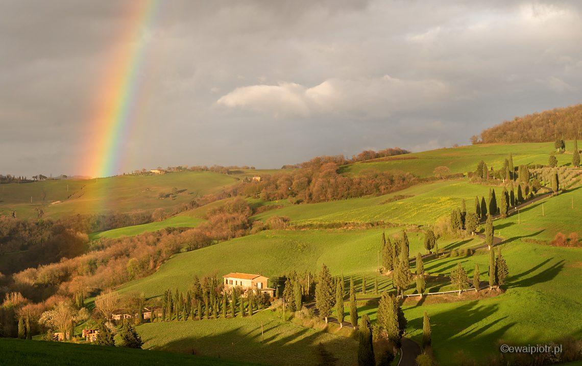 Tęcza, pejzaż Toskanii, fotowyprawa