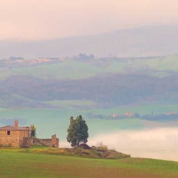 Willa we mgle, Toskania, fotowyprawa