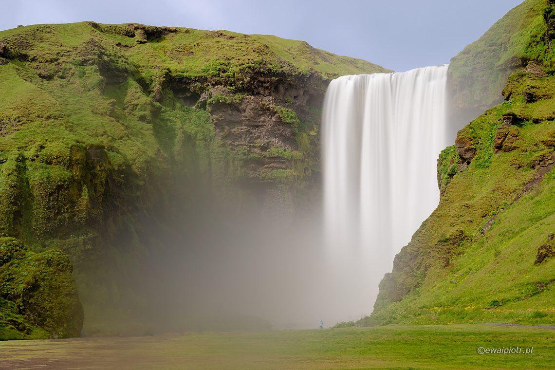 wodospad Skogafoss, 8 najpiękniejszych wodospadów Islandii