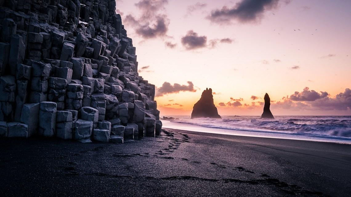 Plaża Reynisfjara, wschód słońca, Islandia, czarna plaża, fotowyprawa, fot. Giuseppe Milo