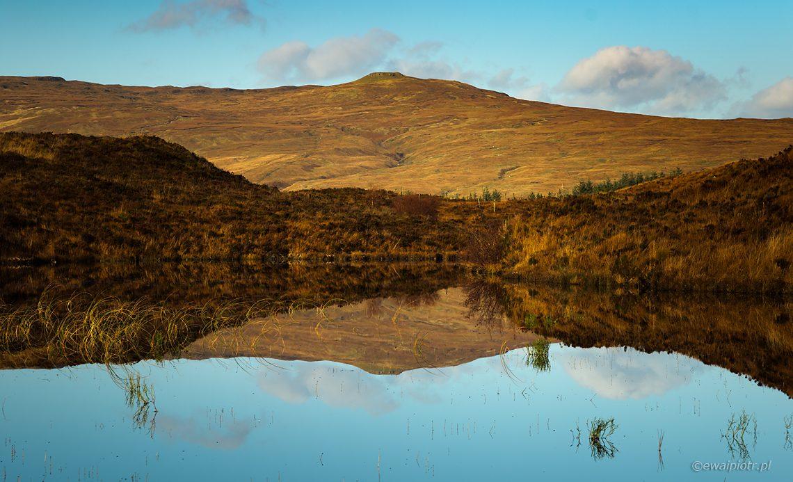 pejzaż Skye, odbcie w wodzie, fotowyprawa do Szkocji