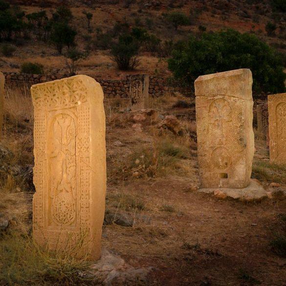 chaczkar, malowanie światłem, Noravank, fotowyprawa do Armenii