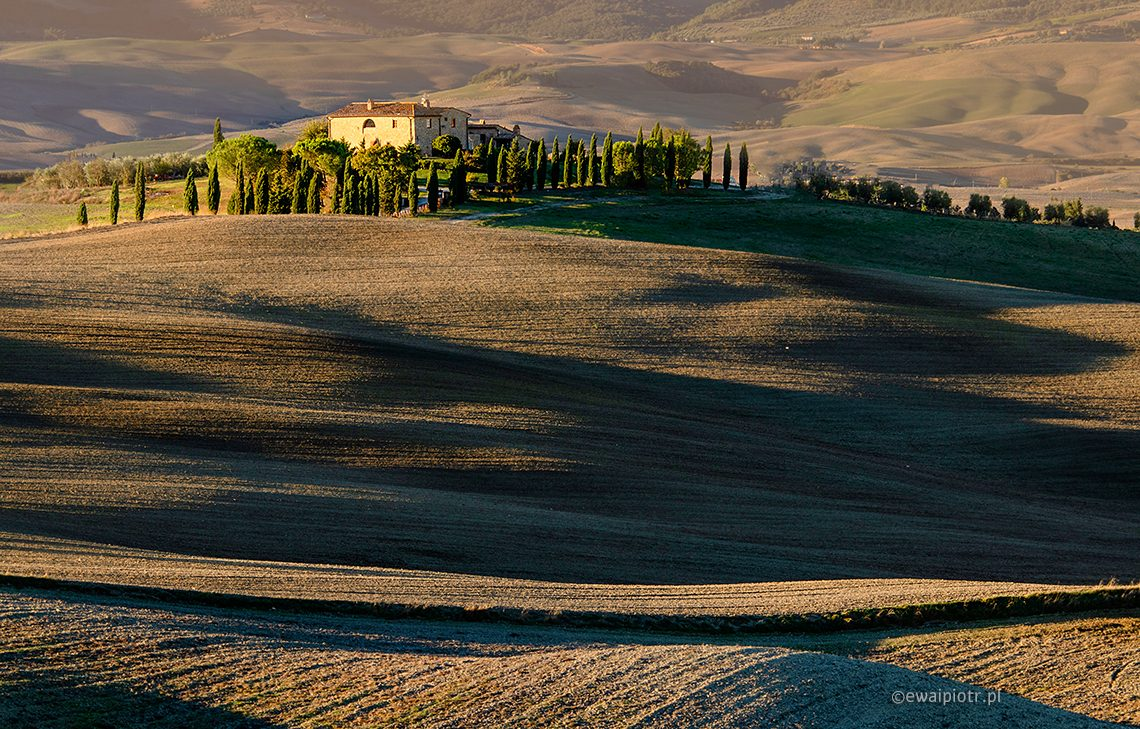 Willa, wschód słońca, Toskania, jesień, pola, fotowyprawa
