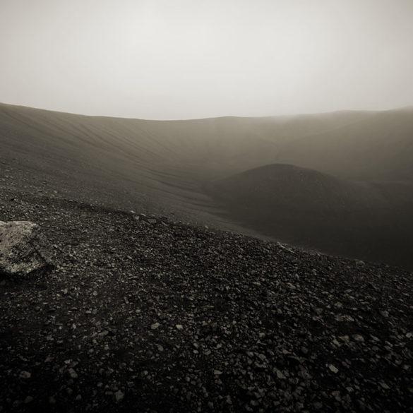 kamień i wulkan, Islandia, mgła, krater