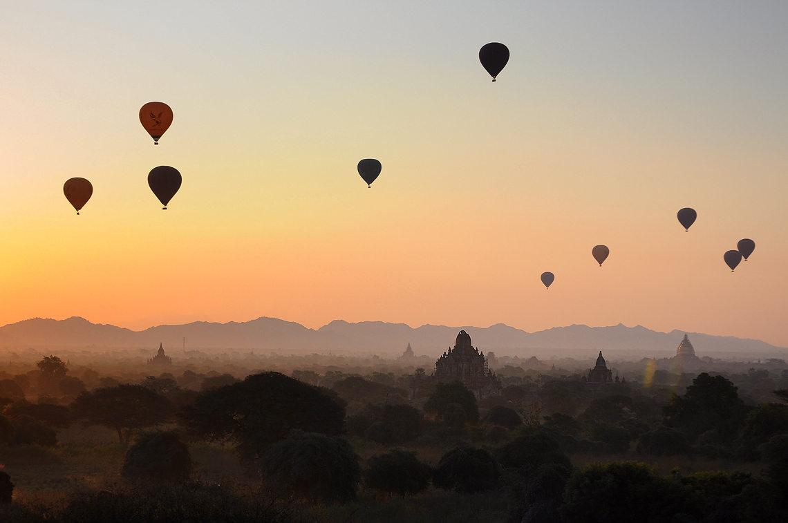 Balony nad Bagan, Birma, fot. Ula Kupińska, Myanmar warsztaty fotograficzne