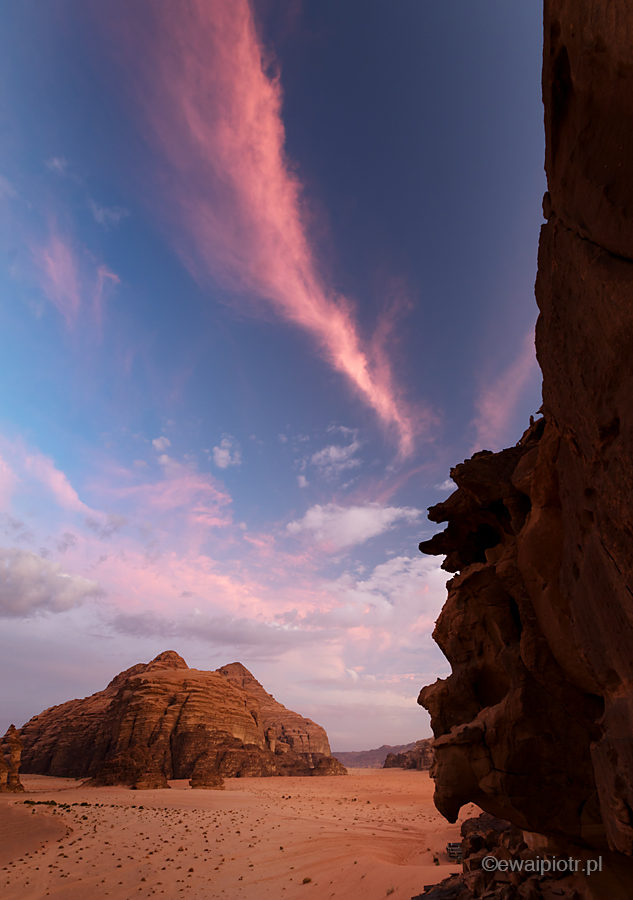 Zachód słońca nad Wadi Rum, Jordania
