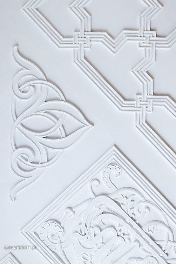 Białe na białym, Kórnik i Rogalin, zamek w Kórniku