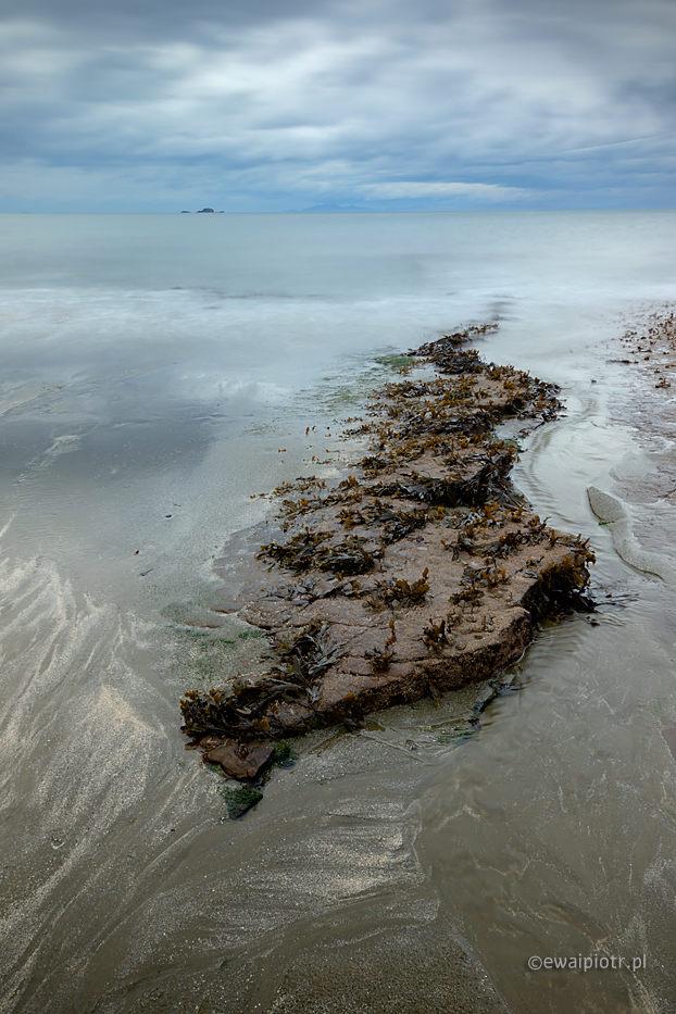 Skała i ocean, Szkocja, Skye, przypływy i odpływy