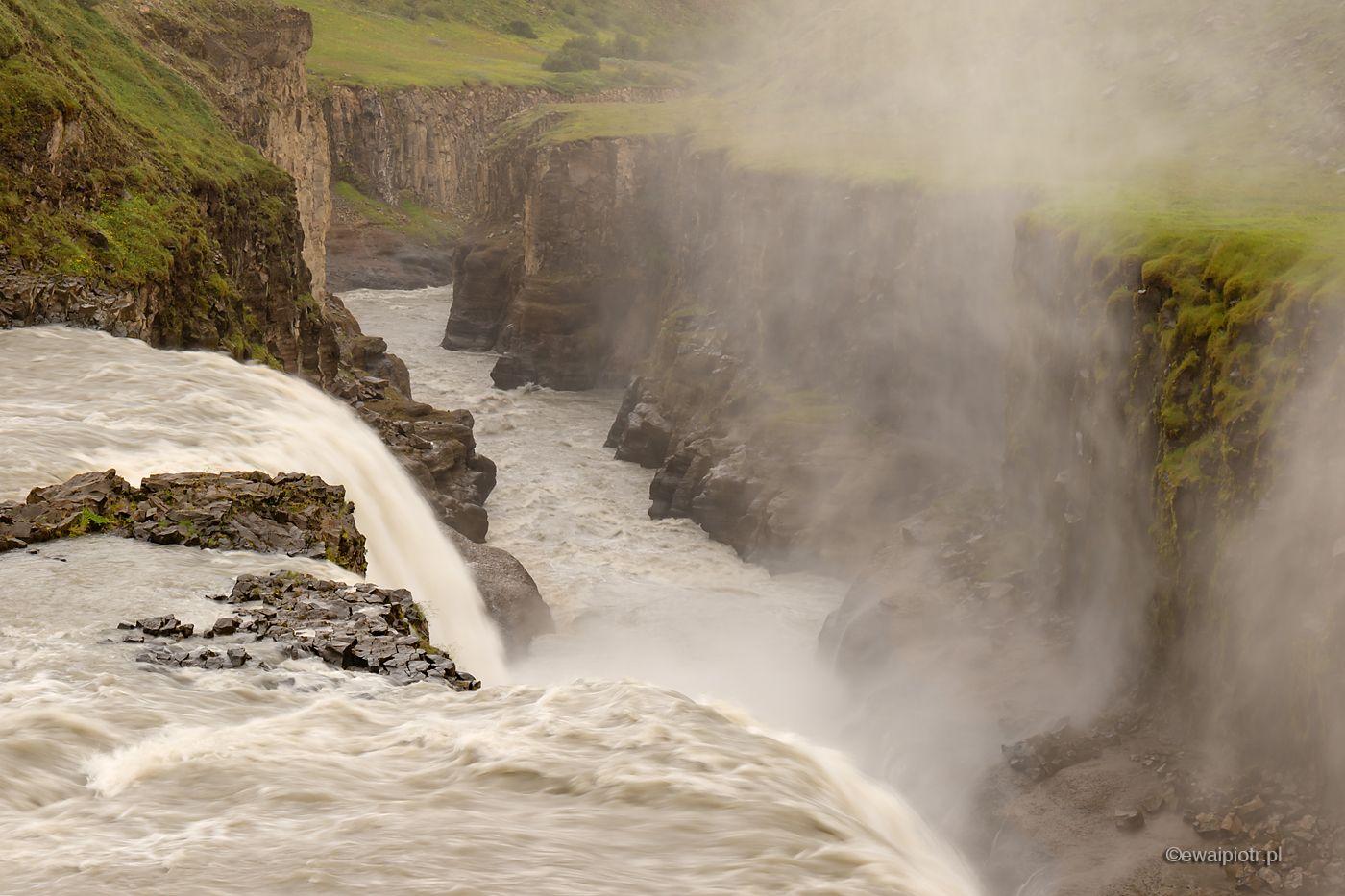 Wąwóz wodospadu Gulfoss, Islandia