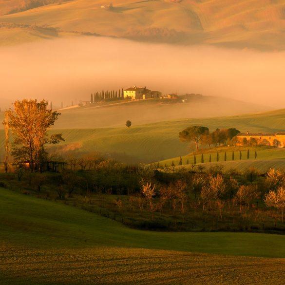 Poranne mgły w Val d'Orcia, Toskania, warsztaty fotograficzne, Fotezja