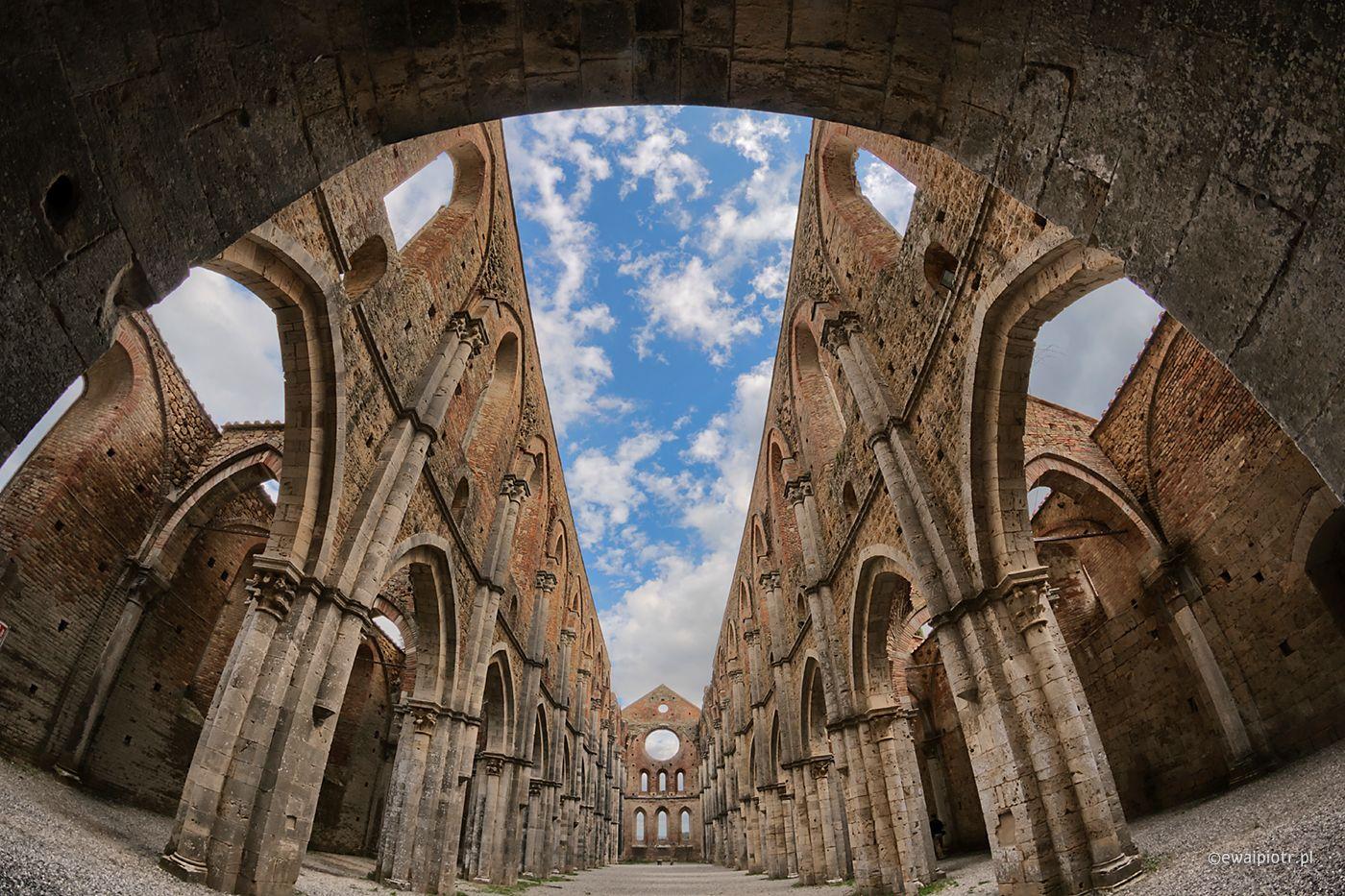 San Galgano, Toskania, ruiny, fotowyprawa, klasztor