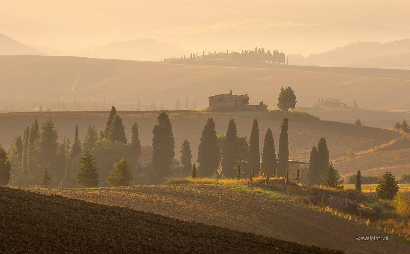 Mgły pod Gladiatorem, Toskania, krajobraz we mgle, fotowyprawa