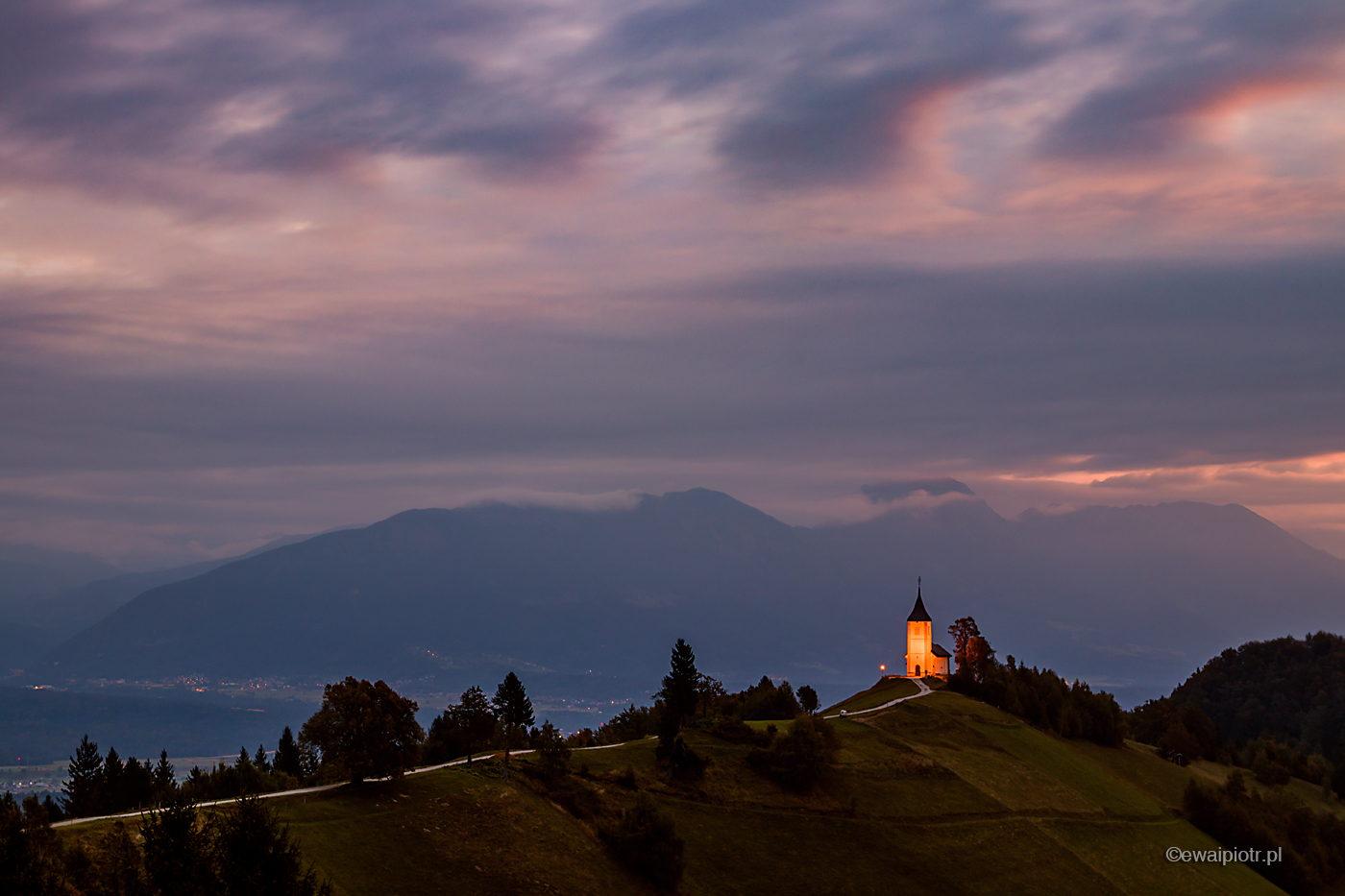 Kościół Jamnik i niebieska godzina, Słowenia, warsztaty fotograficzne