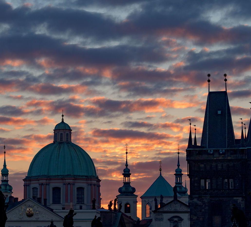 Wschód na Moście Karola, Praga