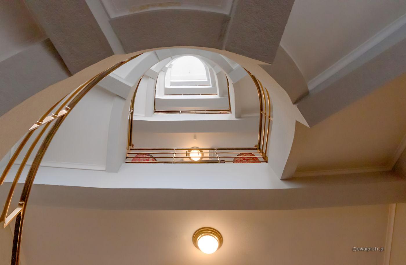 Schody hotelu Bologne, Praga